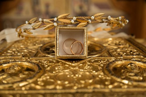 ceremony gold rings orthodox
