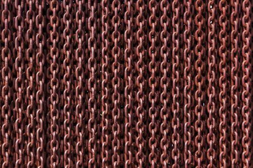 chain rusty links