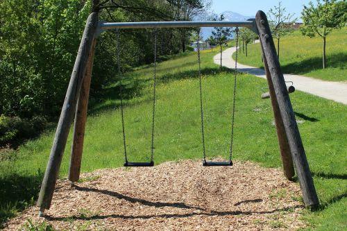 chains swing swing rock