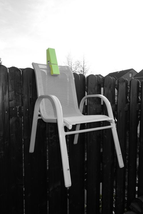 chair paperclip green