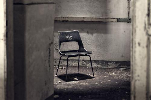 chair interrogation torment