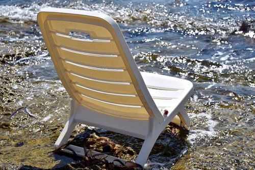 chair  plastic  sea