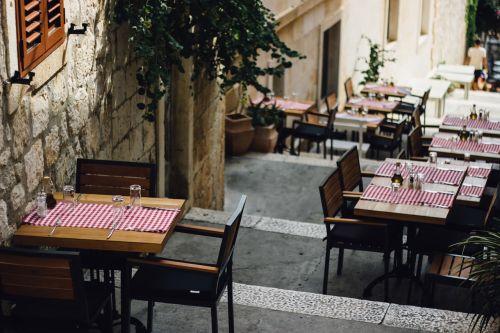 chairs empty restaurant