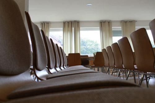 chairs seminar classroom
