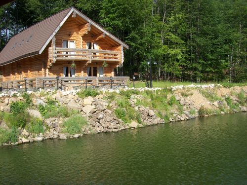 chalet wooden house home