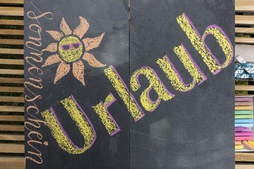 chalk  chalk lette ring  slate