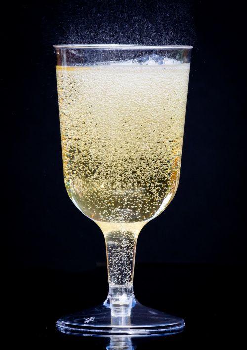 champagne fizz alcohol