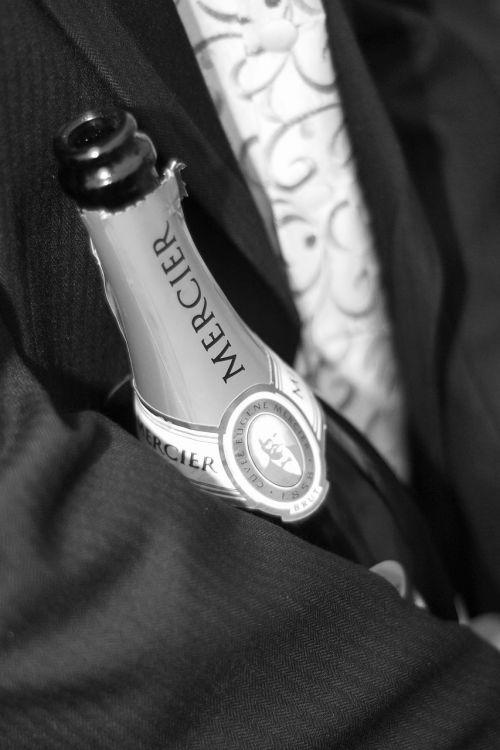 champagne celebrate magnum