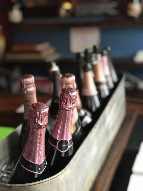 champagne  celebrate  rose