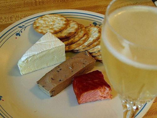 champagne crackers pate