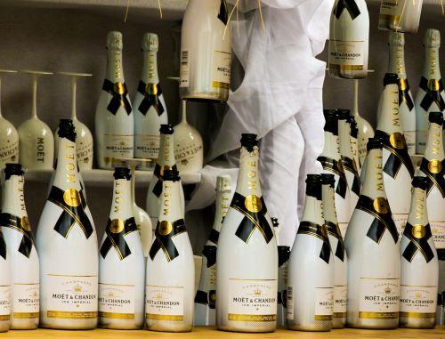 champagne drink bottles