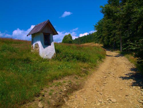 chapel wandering mountains