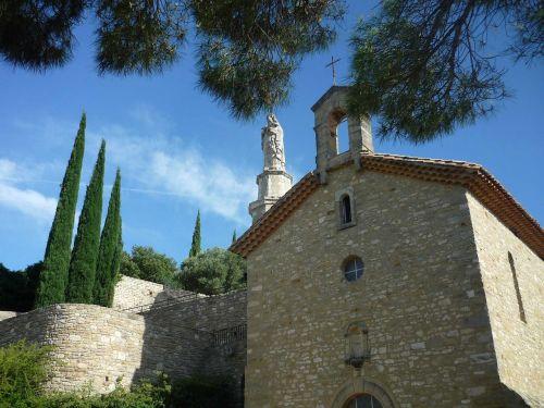 chapel south pierre