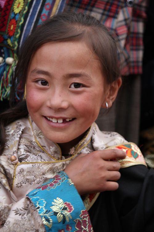 character tibet ethnic the little girl