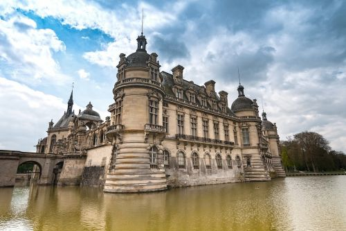 chateau chantilly picardy