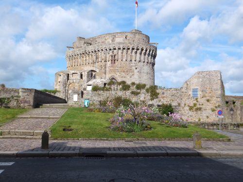 château de dinan castle dinan