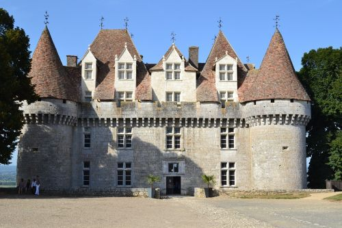 château de monbazillac renaissance castle