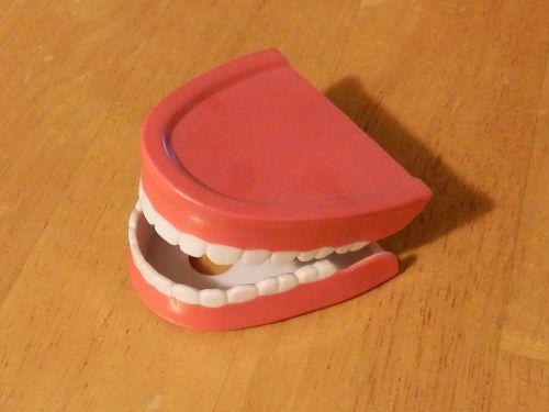 Chattery Teeth