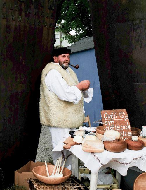 cheese crafts salesman