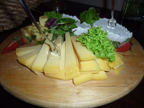 cheese käseplatte food