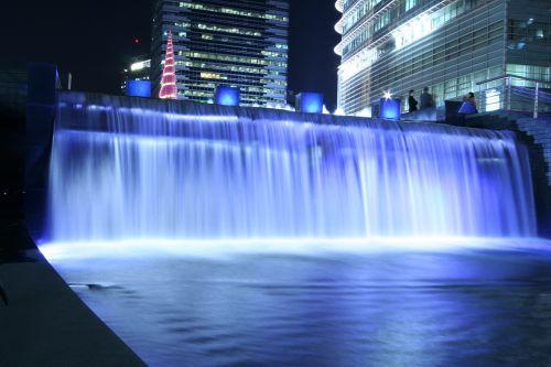 cheonggyecheon stream waterfall chapter impressions