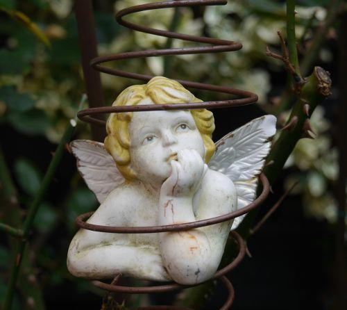 cherub garden decoration angel