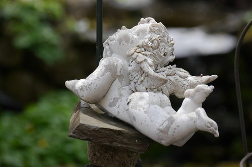 cherub  angel  garden decoration