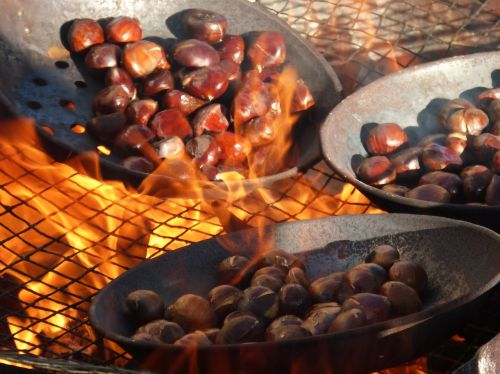 chestnuts fire roasted chestnuts