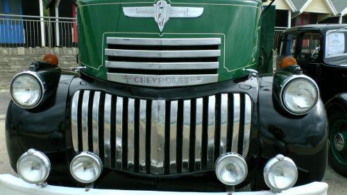 Chevrolet Truck Radiator Grille