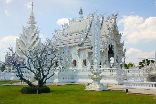 chiang rai thailand white temple