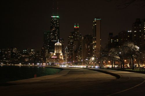 chicago night view buildings