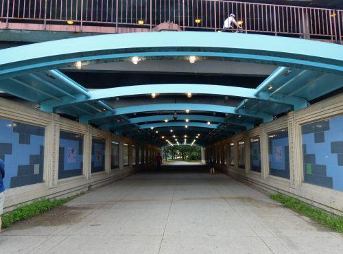 Chicago Walkway