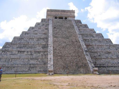 chichén itzá mexico ruin