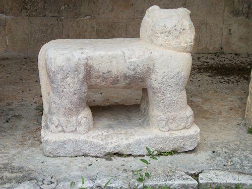 chichen itza pyramid mexico