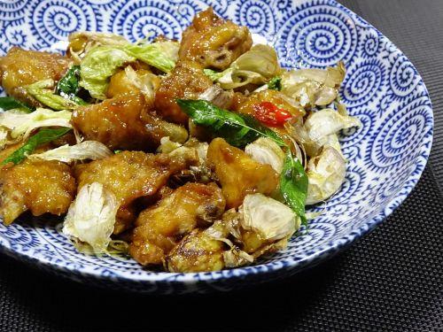 chicken stir-fried 风味鸡