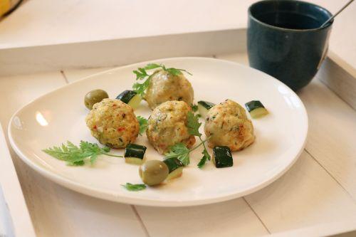 chicken meatballs mediterian
