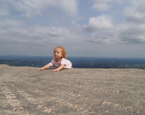 child girl mountain