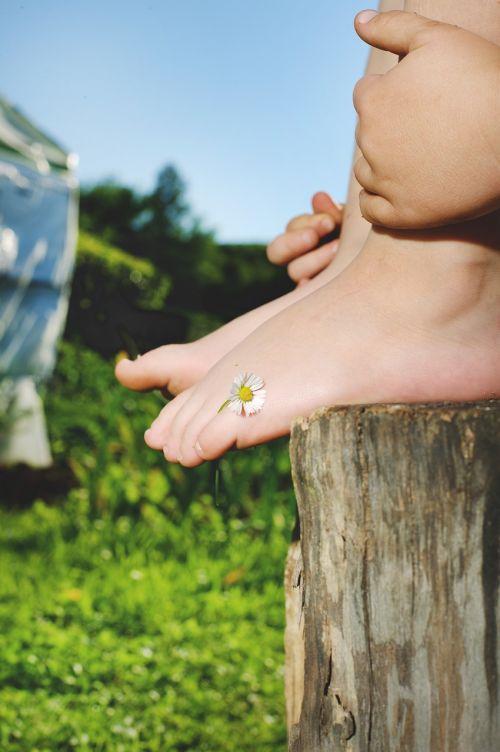 child foot flower