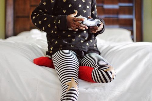 child playing games