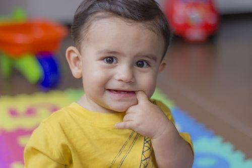 child smile happy