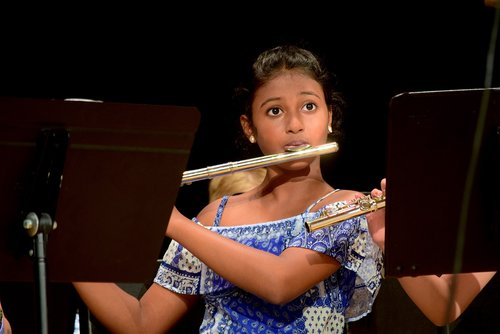child  girl  musician