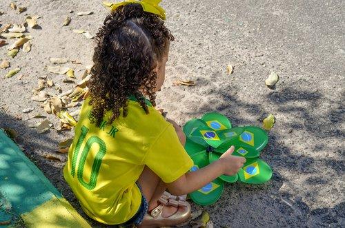 child  brazil  hexa