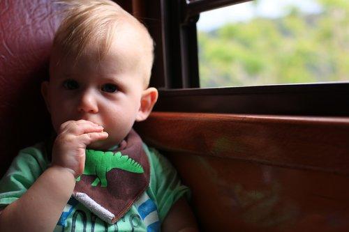 child  window  eating
