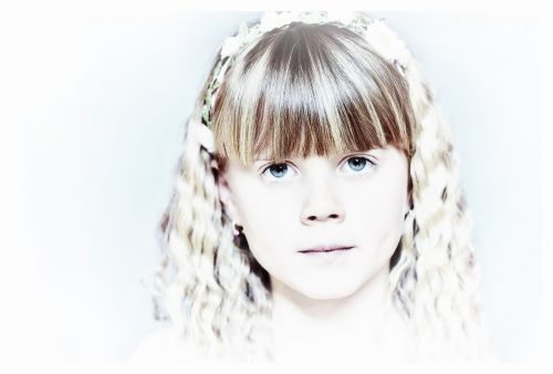 child girl blond