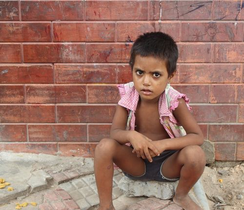 child the beggar india