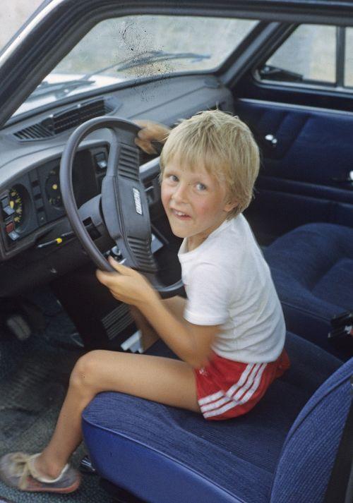 child boy auto