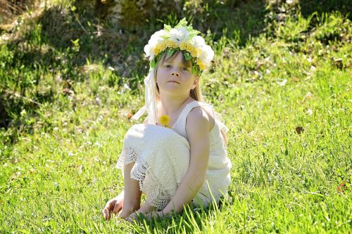 child girl meadow
