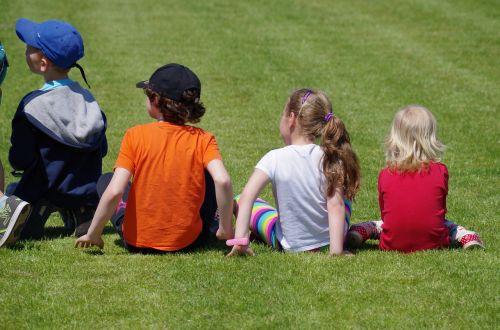 children lawn sit
