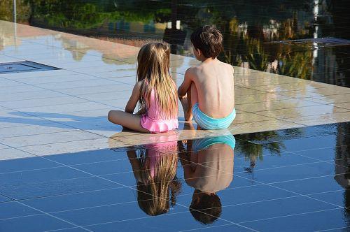 children water mirror nice