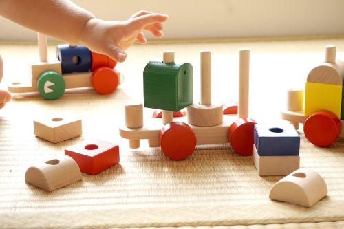 children building block seize